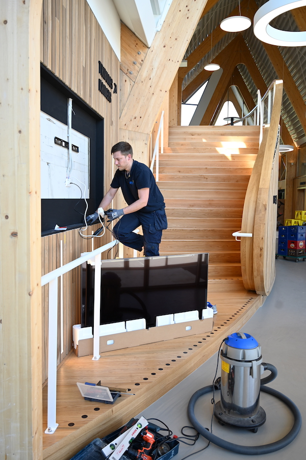 AV installatie dorpshuis van Zwanenburg/Halfweg
